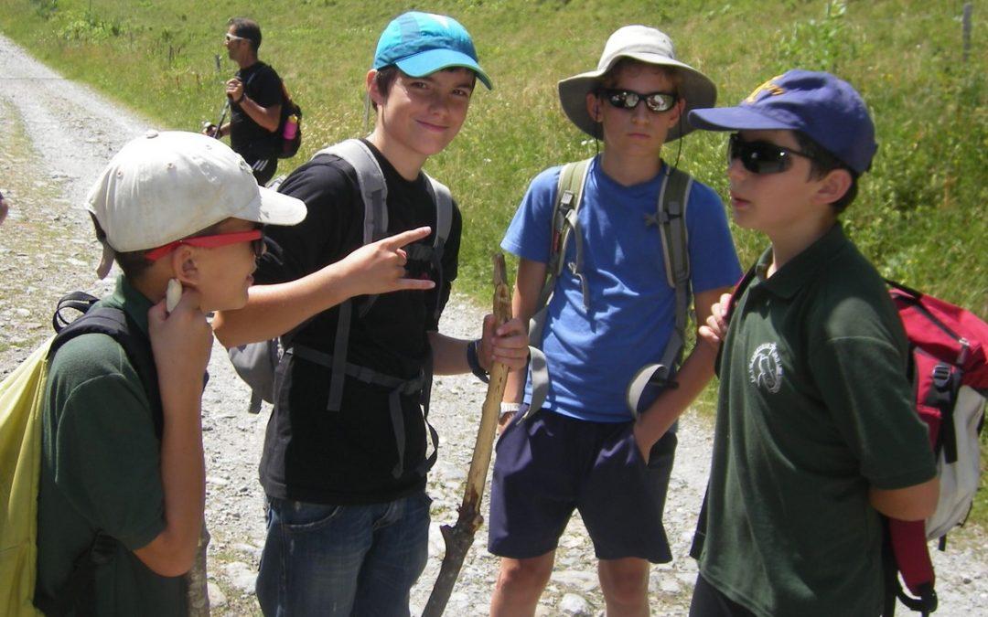 camps d'été pour garçons de 8 à 18 ans